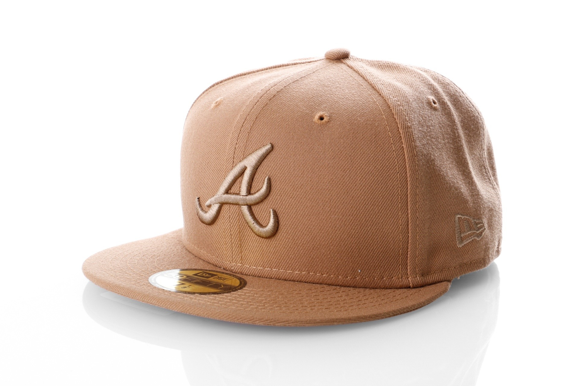 Foto van New Era LEAGUE ESSENTIAL 5950 ATLANTA BRAVES 11794694 Fitted Cap WHEAT MLB