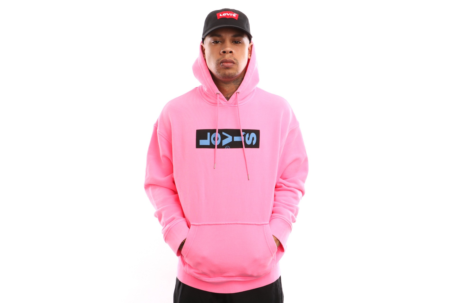 Foto van Levi`s Oversized Graphic Hoodie 72632-0002 Hooded Oversized Neon Pink