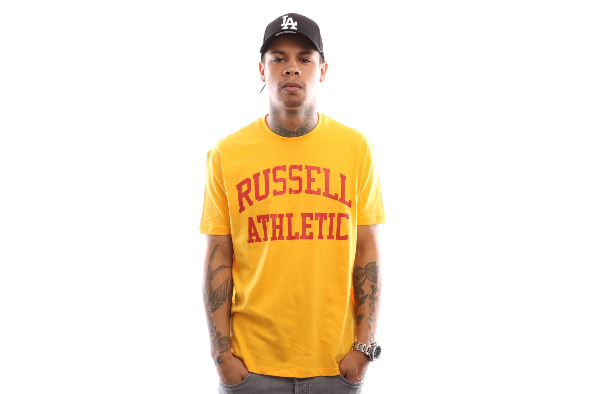 Foto van Russell Athletic Iconic Short Sleeve A9-002-1 T Shirt Gold Fusin
