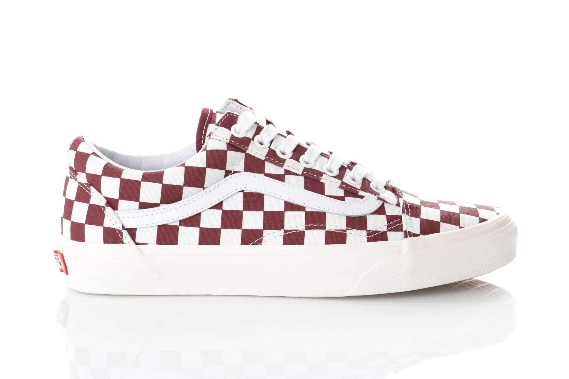 Foto van Vans UA Old Skool VN0A38G1U541 Sneakers (CHECKERBOARD) PORT ROYAL