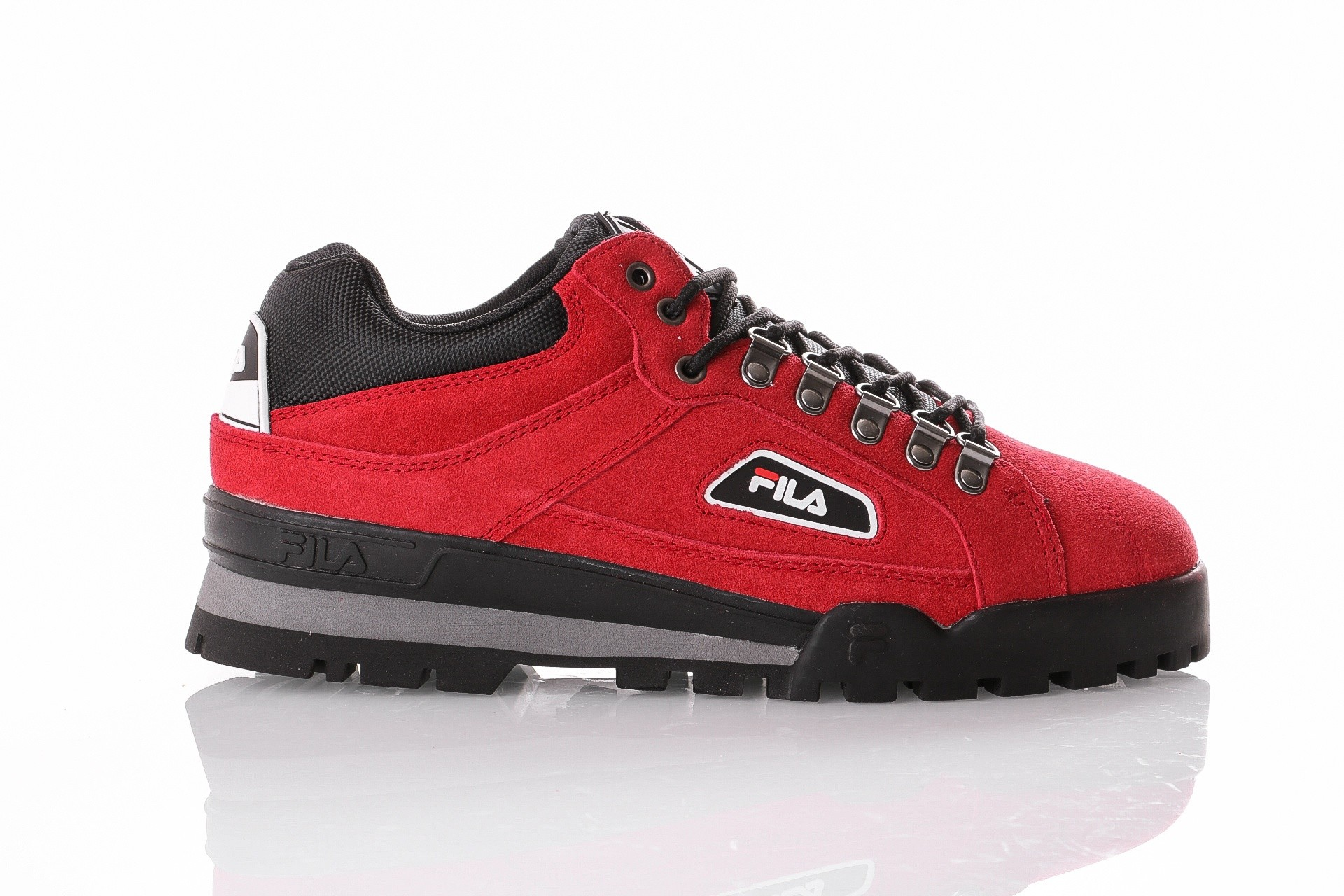 Foto van Fila Trailblazer S 1010488 Sneakers pompeian red