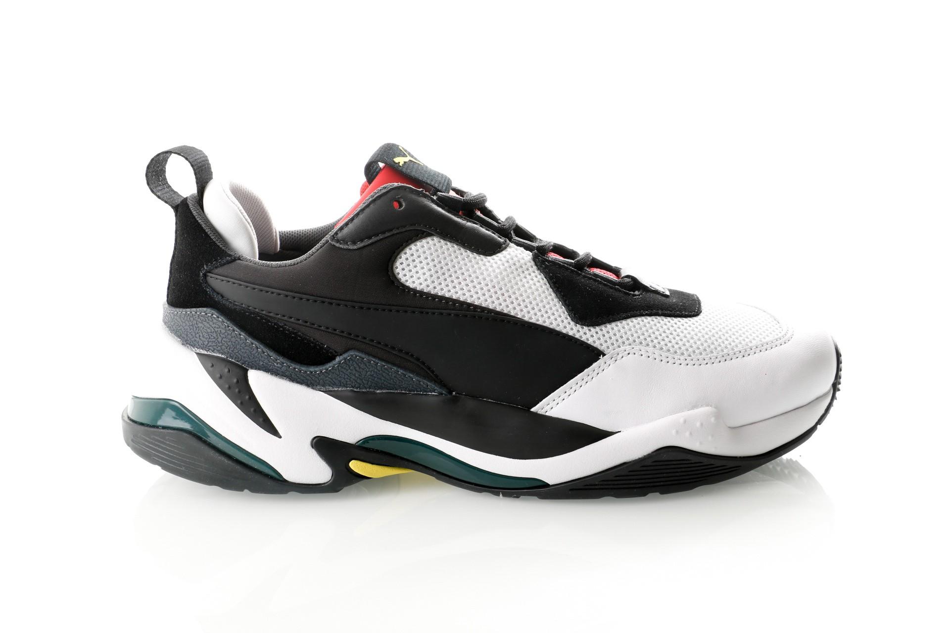 Foto van Puma Thunder Spectra 367516 Sneakers Puma Black-High Risk Red Januari