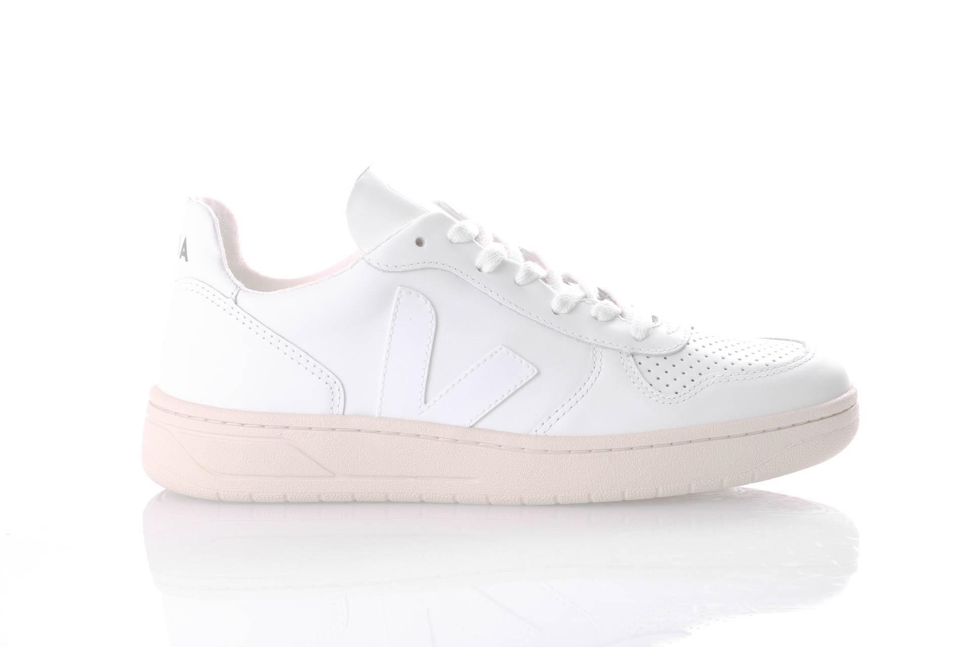 Foto van Veja V-10 VX021270 Sneakers Extra White