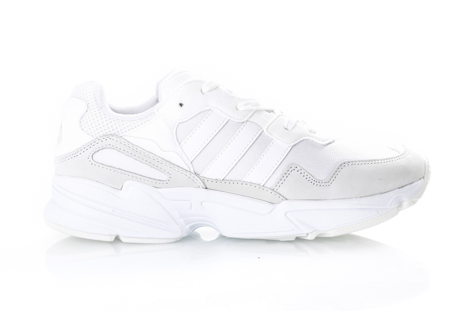 Foto van Adidas YUNG-96 EE3682 Sneakers ftwr white/ftwr white/GREY TWO F17