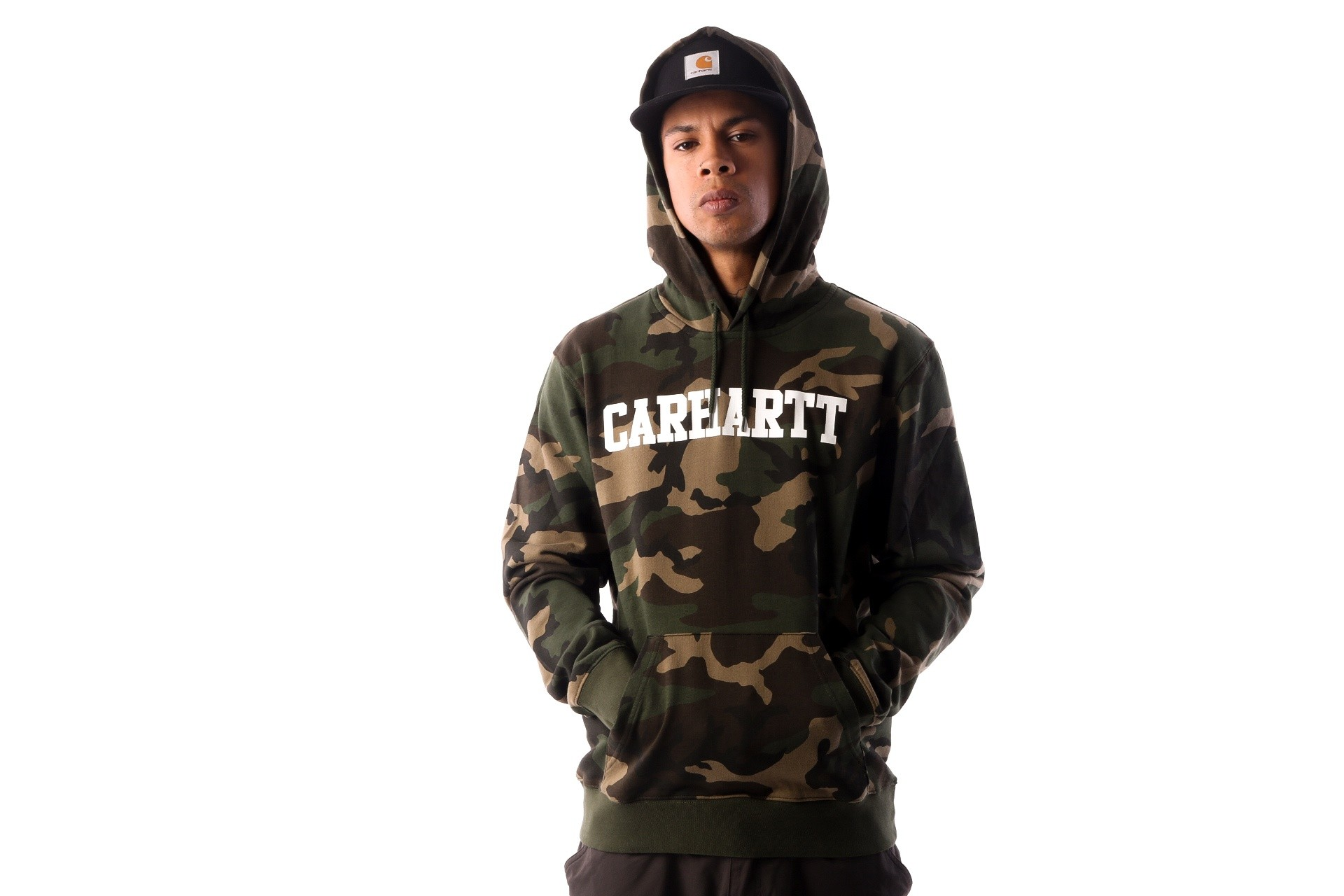 Foto van Carhartt WIP Hooded College Sweatshirt I024669 Hooded Camo Laurel / White
