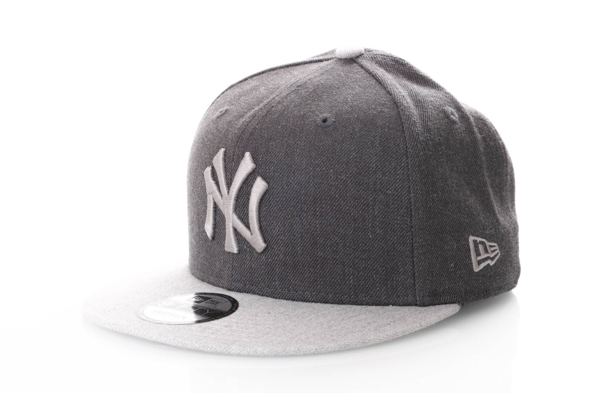 Foto van New Era Contrast Heather 80371319 Snapback Cap Grey/Light Grey Ny