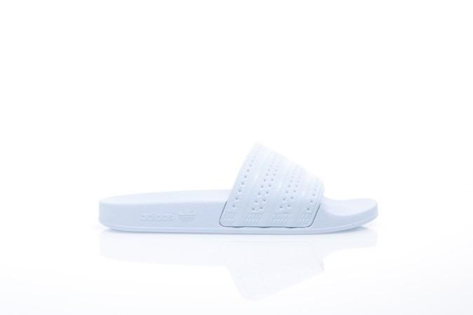 Foto van Adidas Originals BA7539 Slide sandal Adilette Blauw