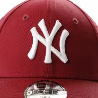 Afbeelding van New Era KIDS LEAGUE ESSENTIAL 9FORTY NEW YORK YANKEES 80635915 dad cap CARDINAL/OPTIC WHITE MLB