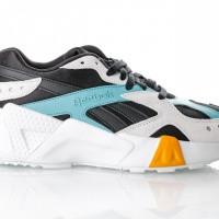 Afbeelding van Reebok Aztrek Double 93 Dv5387 Sneakers Black/Blue/Grey/Gold