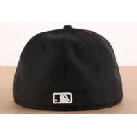 Afbeelding van New Era 10047487 Fitted cap MLB basic Atlanta Braves Zwart