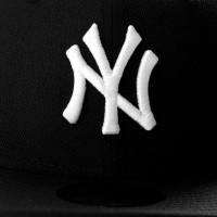 Afbeelding van New Era Ac Perf 5950 New York Yankee 70331909 Fitted Cap Offical Team Colour Mlb