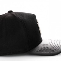 Afbeelding van New Era Foil Infill Afram Snapback Cap Black/ Leather Ny