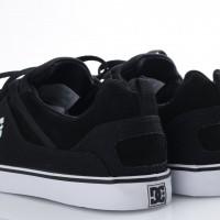 Afbeelding van DC ADYS300443-BKW Sneakers Heathrow vulc Zwart