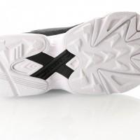Afbeelding van Adidas Falcon W B28129 Sneakers core black/core black/ftwr white