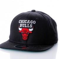 Afbeelding van NE80536554 NBA CLASSIC 950 CHICAGO BULLS OFFICAL TEAM COLOUR