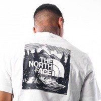 Afbeelding van The North Face M S/S RED BOX TEE T92TX2JBR T shirt URBAN NAVY / VINTAGE WHITE