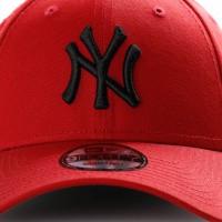 Afbeelding van New Era League Essential 9Forty 11871474 Dad Cap Hot Red/Black Mlb New York Yankees Hrdblk