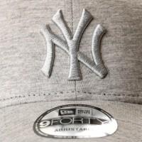 Afbeelding van New Era JERSEY ESSENTIAL 9FORTY NEW YORK YANKEES 80636065 dadcap LIGHT GRAPHITE/LIGHT GRAPHITE MLB