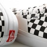 Afbeelding van Vans UA Style 205 VA3DPT5GU Sneakers (Checkerboard) black/true white