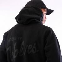 Afbeelding van Raised by Wolves Vintage Varsity Hooded Sweatshirt RBWFW18401 Hooded Black Fleece