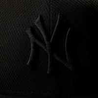 Afbeelding van New Era Diamond Era 80468910 Fitted Cap Black/Black Mlb New York Yankees