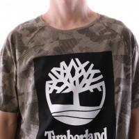 Afbeelding van Timberland CA1MBM-M82 T-shirt Tee with camo logo linear tree Groen