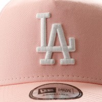 Afbeelding van New Era League Essential Trucker 11945647 Trucker Cap Pink Lemonade/Optic White Los Angeles Dodgers