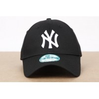 Afbeelding van New Era 10531941 Dad cap 9Forty league basic NY Yankees Zwart