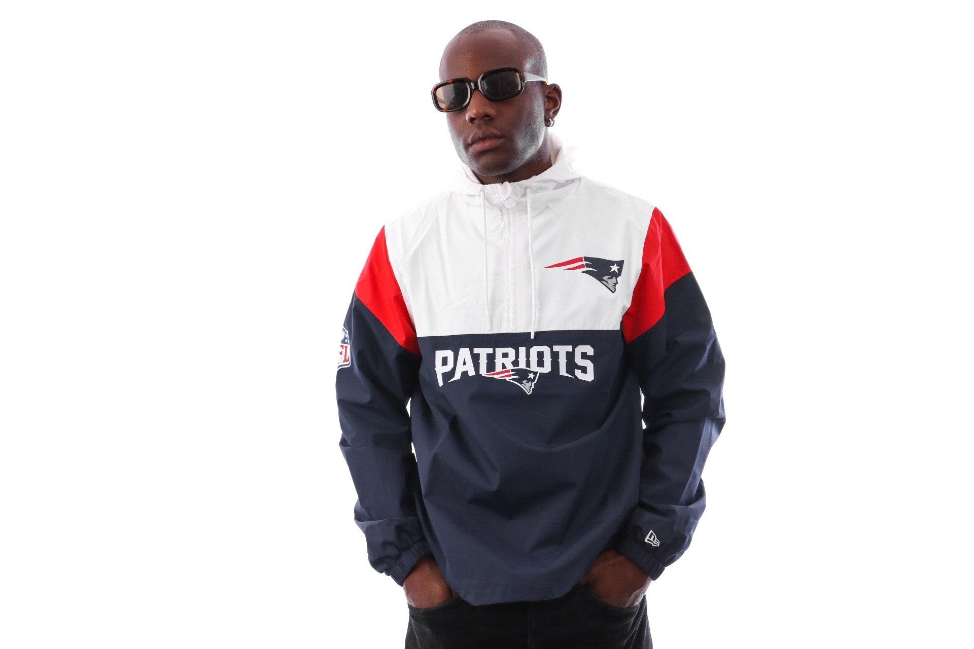 Foto van New Era COLOUR BLOCK WINDBREAKER NEEPAT OSB 11841057 jas OCEAN SIDE BLUE NEW ENGLAND PATRIOTS