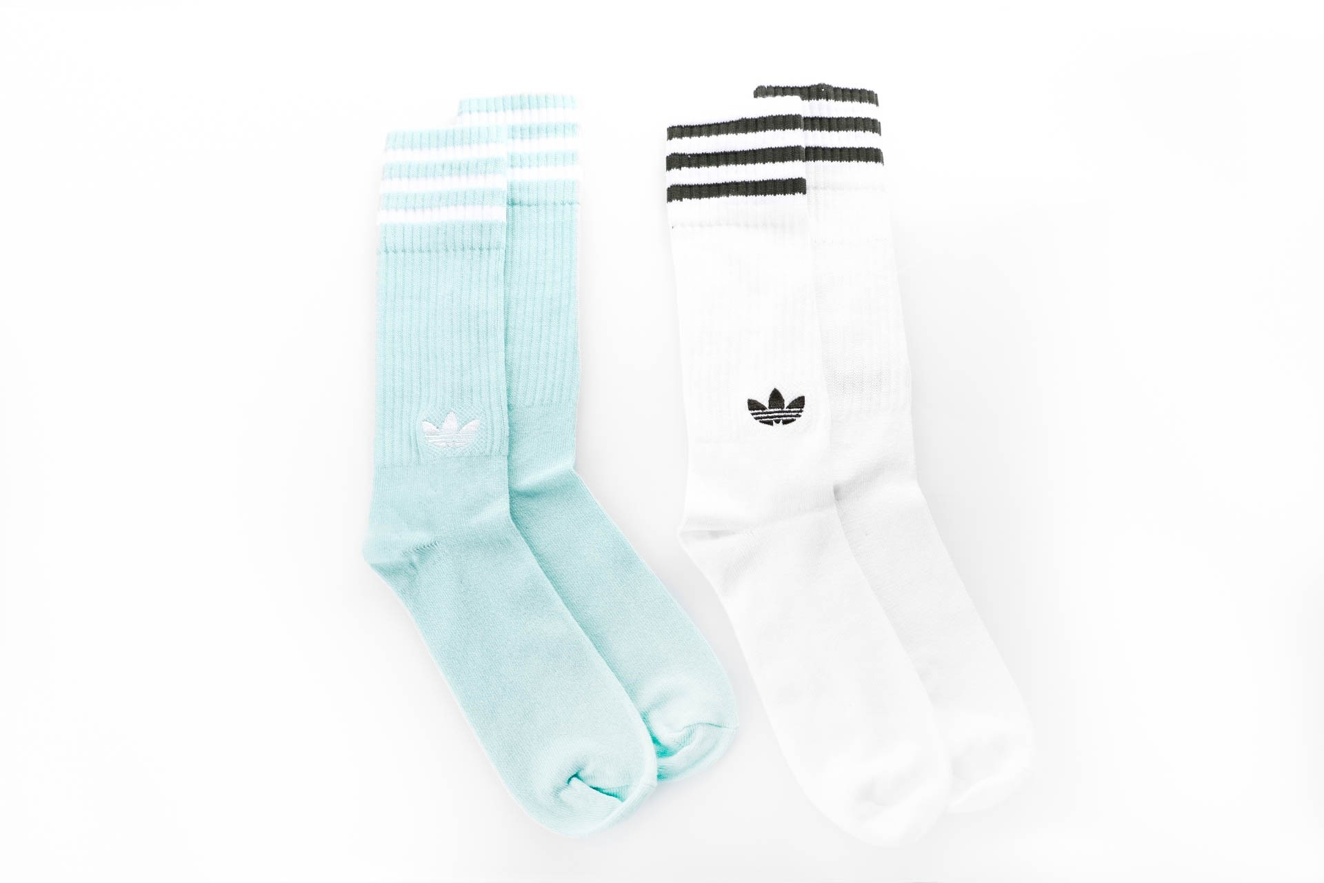 Foto van Adidas SOLID CREW SOCKS 2PP - COLOR PACK DH3362 sokken CLEAR MINT F18/WHITE/WHITE/NIGHT CARGO F15