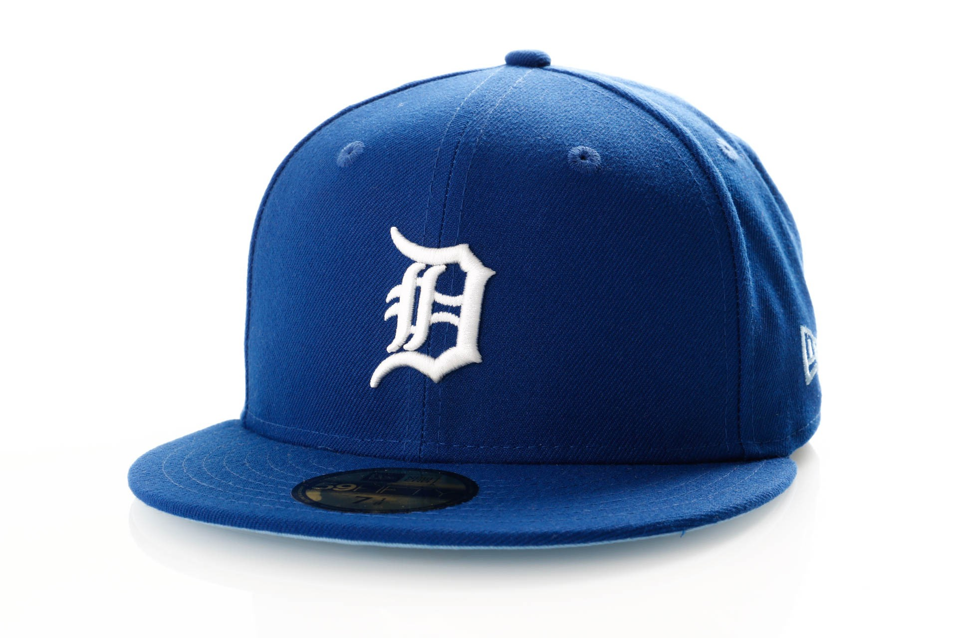 Foto van New Era League Essential 11945533 Fitted Cap Light Royal Detroit Tigers