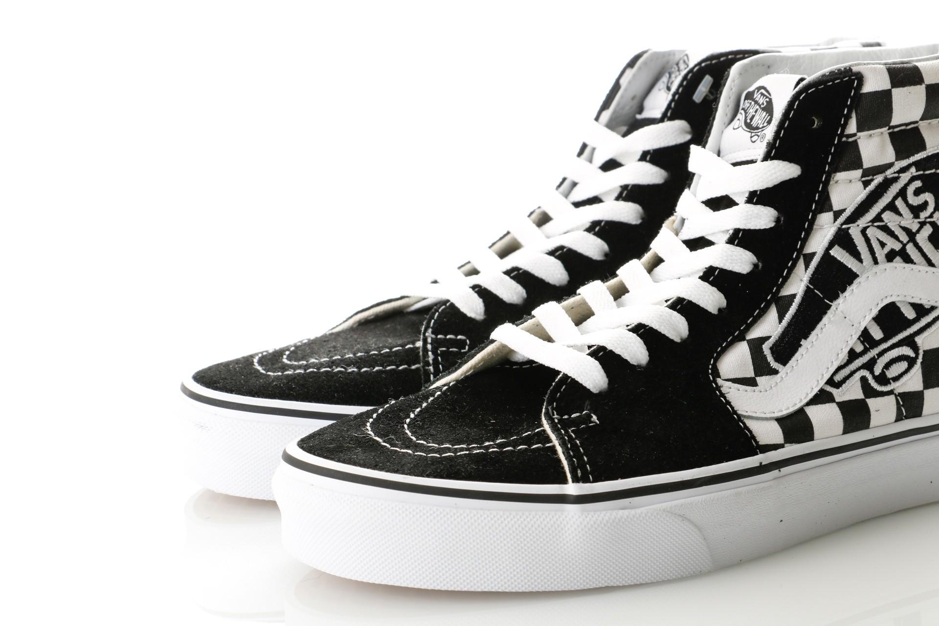 b984a75b42 Afbeelding van Vans UA SK8-Hi VA38GEUPV Sneakers (Vans Patch) black true