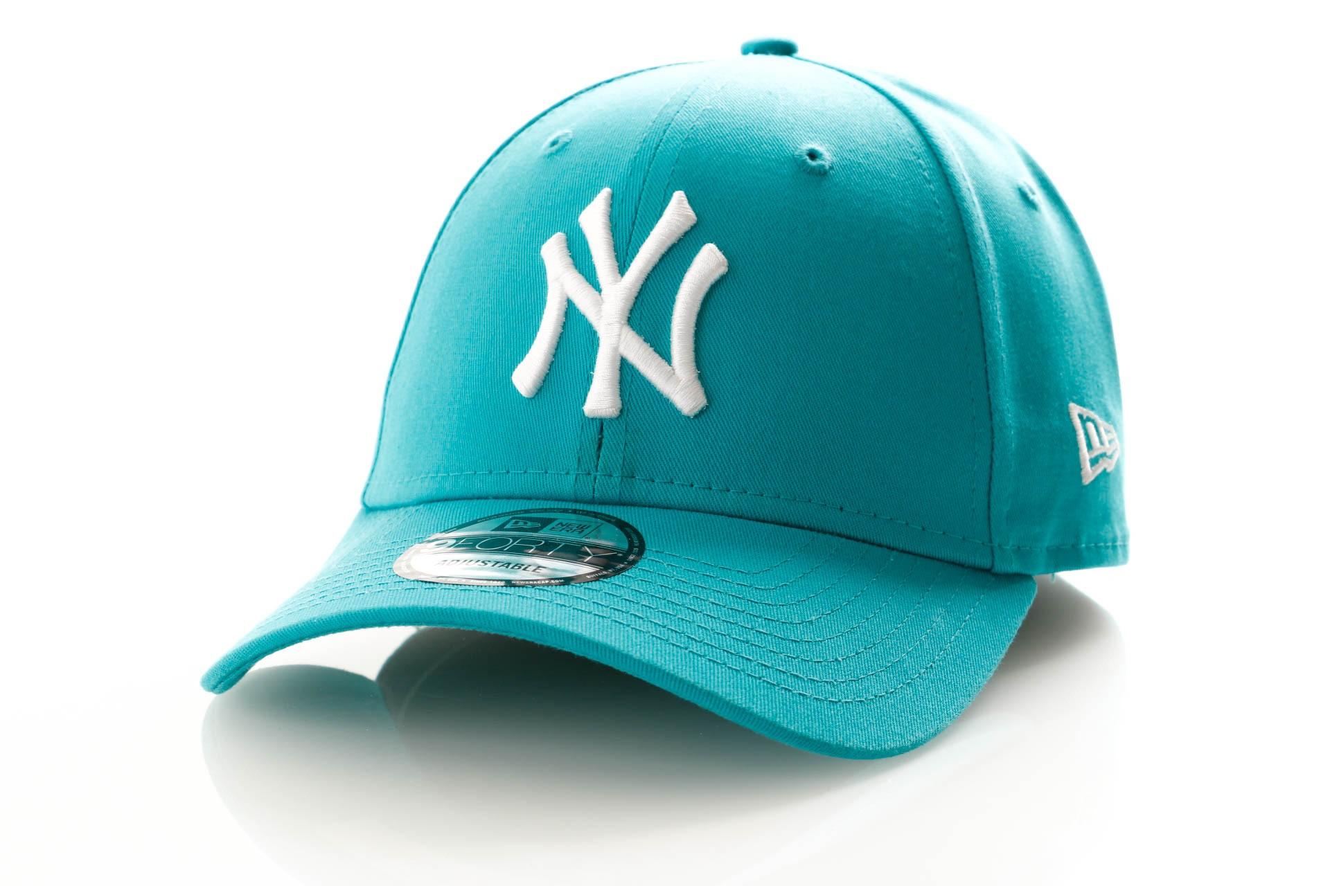 Foto van New Era League Essential 9Forty 11945652 Dad Cap Teal/Optic White New York Yankees