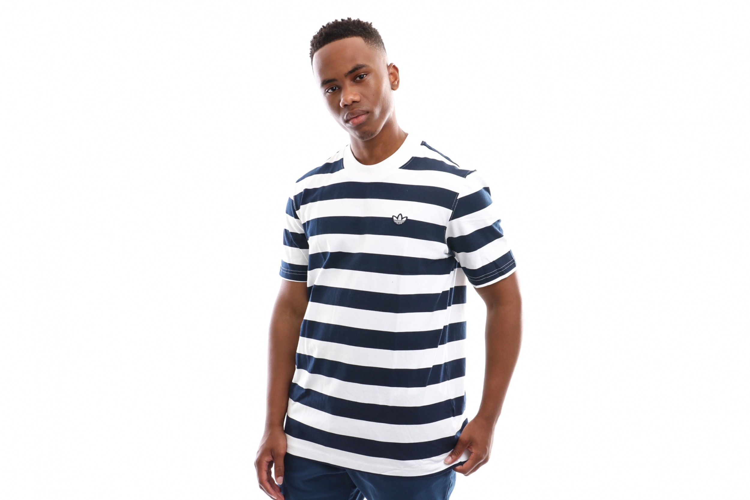 Foto van Adidas Stripe Tee Ec9304 T Shirt Night Indigo/White