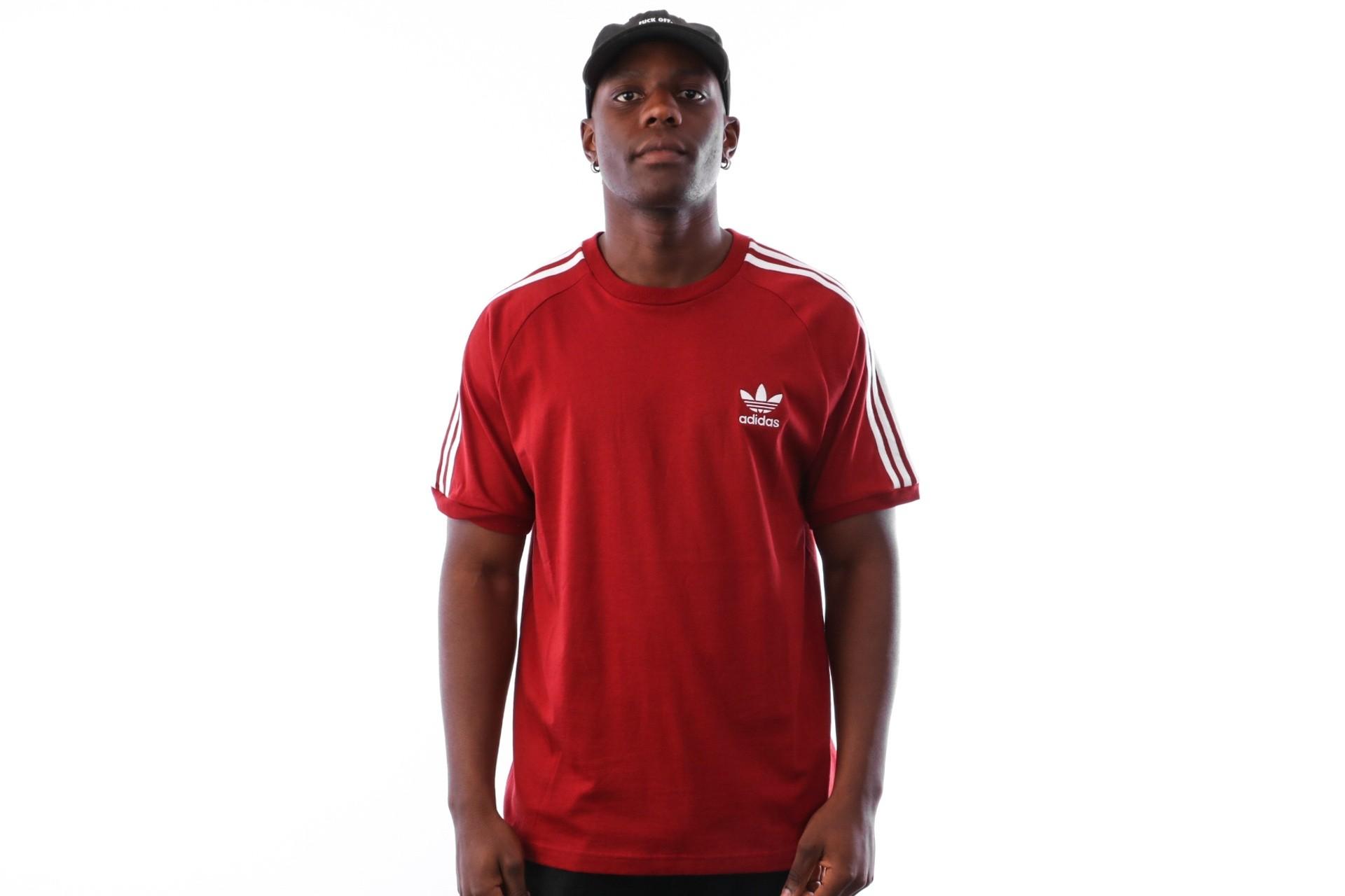Foto van Adidas 3-STRIPES TEE DH5810 t-shirt CBURGUNDY