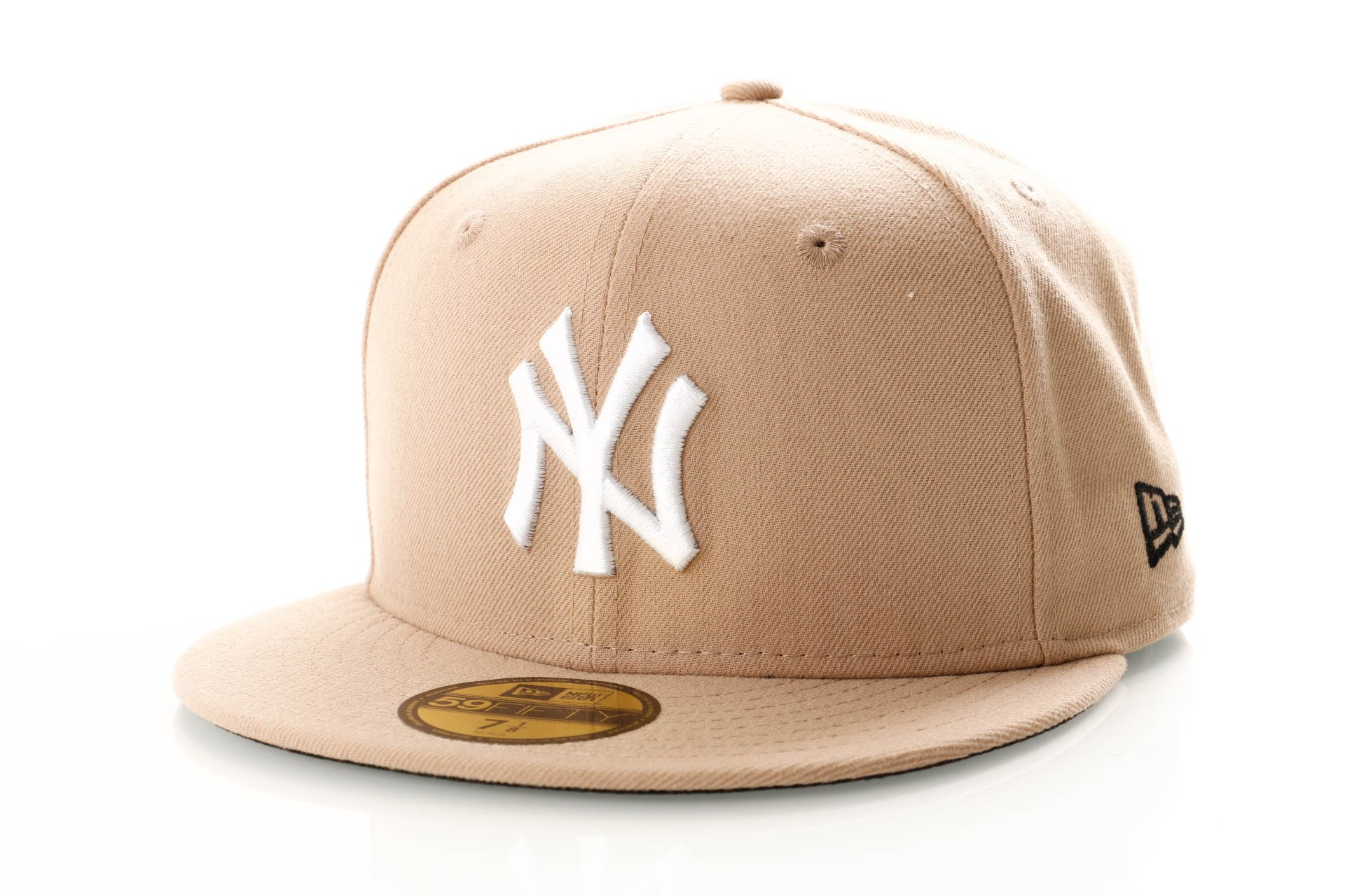 Foto van New Era Seasonal 11945498 Fitted Cap Camel New York Yankees
