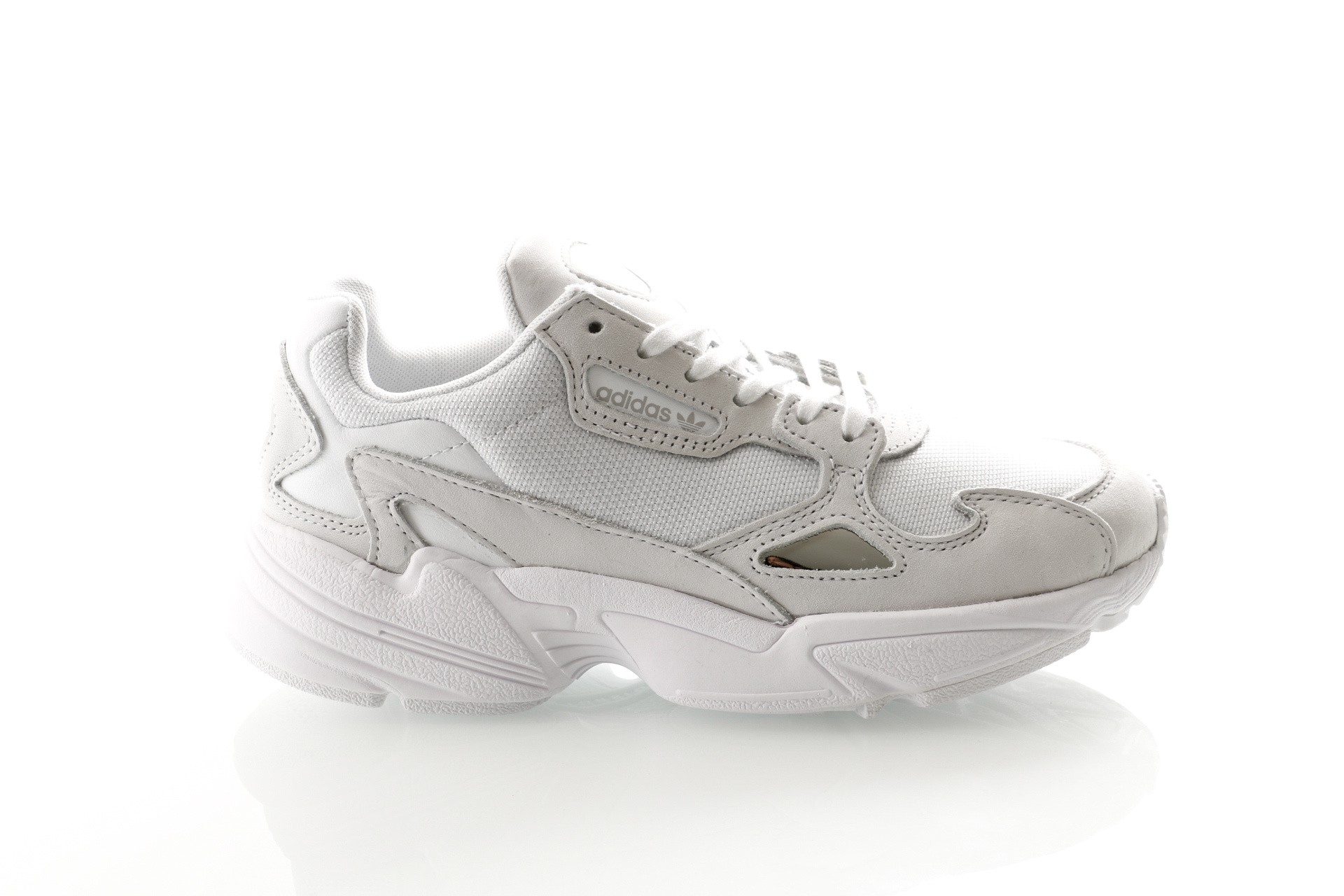 Foto van Adidas Falcon W B28128 Sneakers Ftwr White/Ftwr White/Crystal White