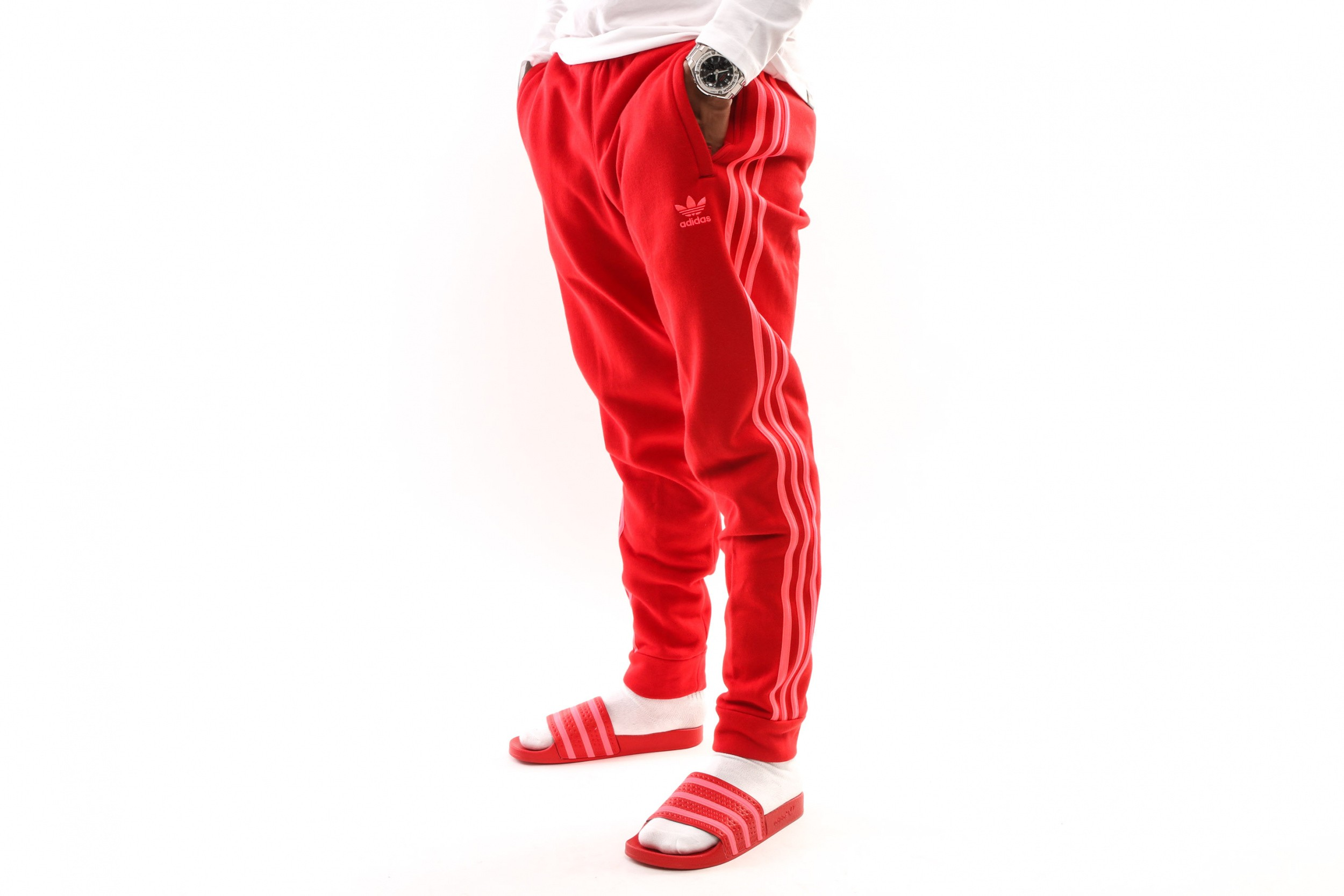 Foto van Adidas 3-Stripes Pant Ej9694 Trackpant Scarlet/Flash Red