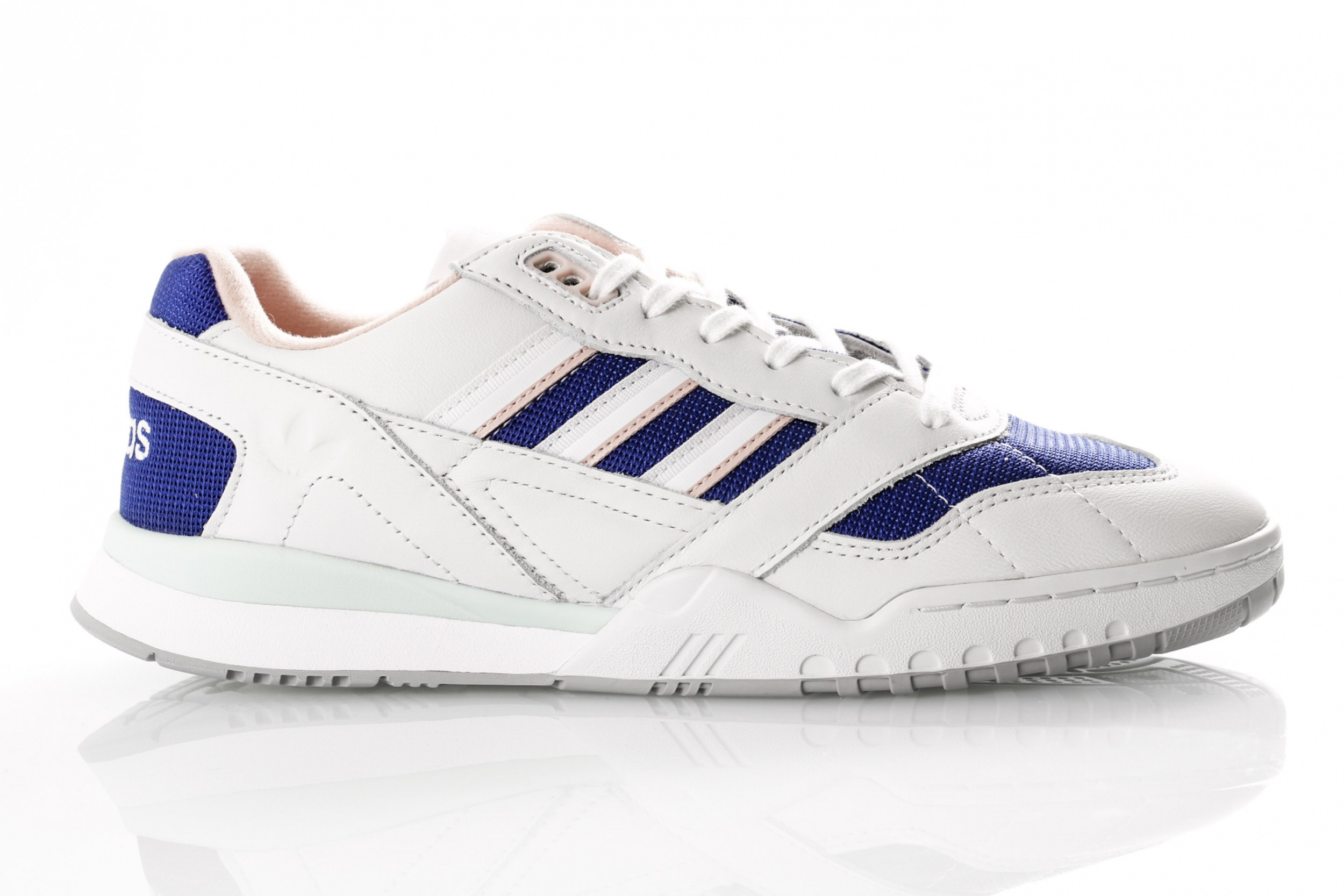 7688f0168e5 Adidas A.R. Trainer EF1628 Sneakers Off White/Ftwr White/Real Purple S18