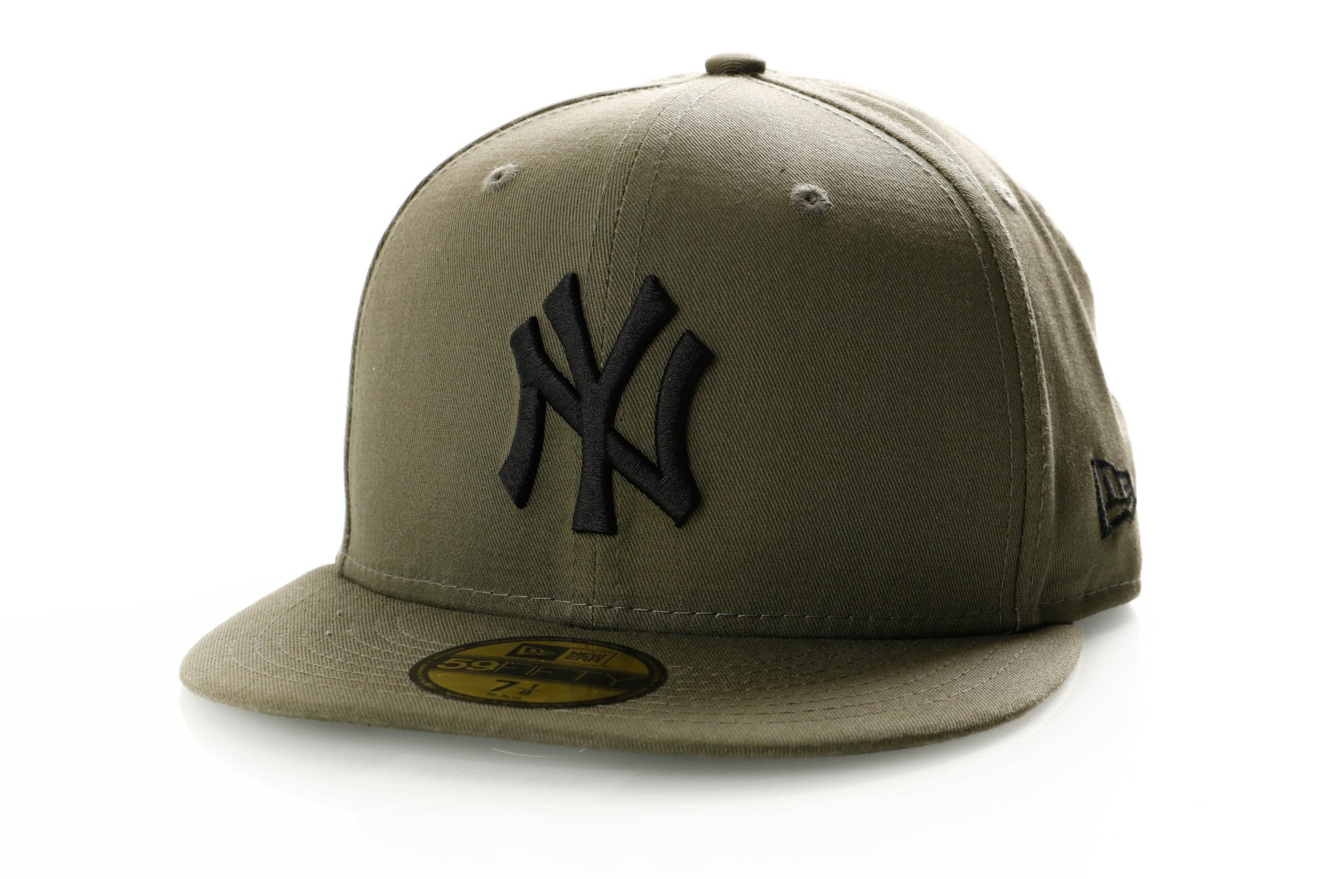 Foto van New Era League Essential 59Fifty 11871512 Fitted Cap New Olive/Black New York Yankees