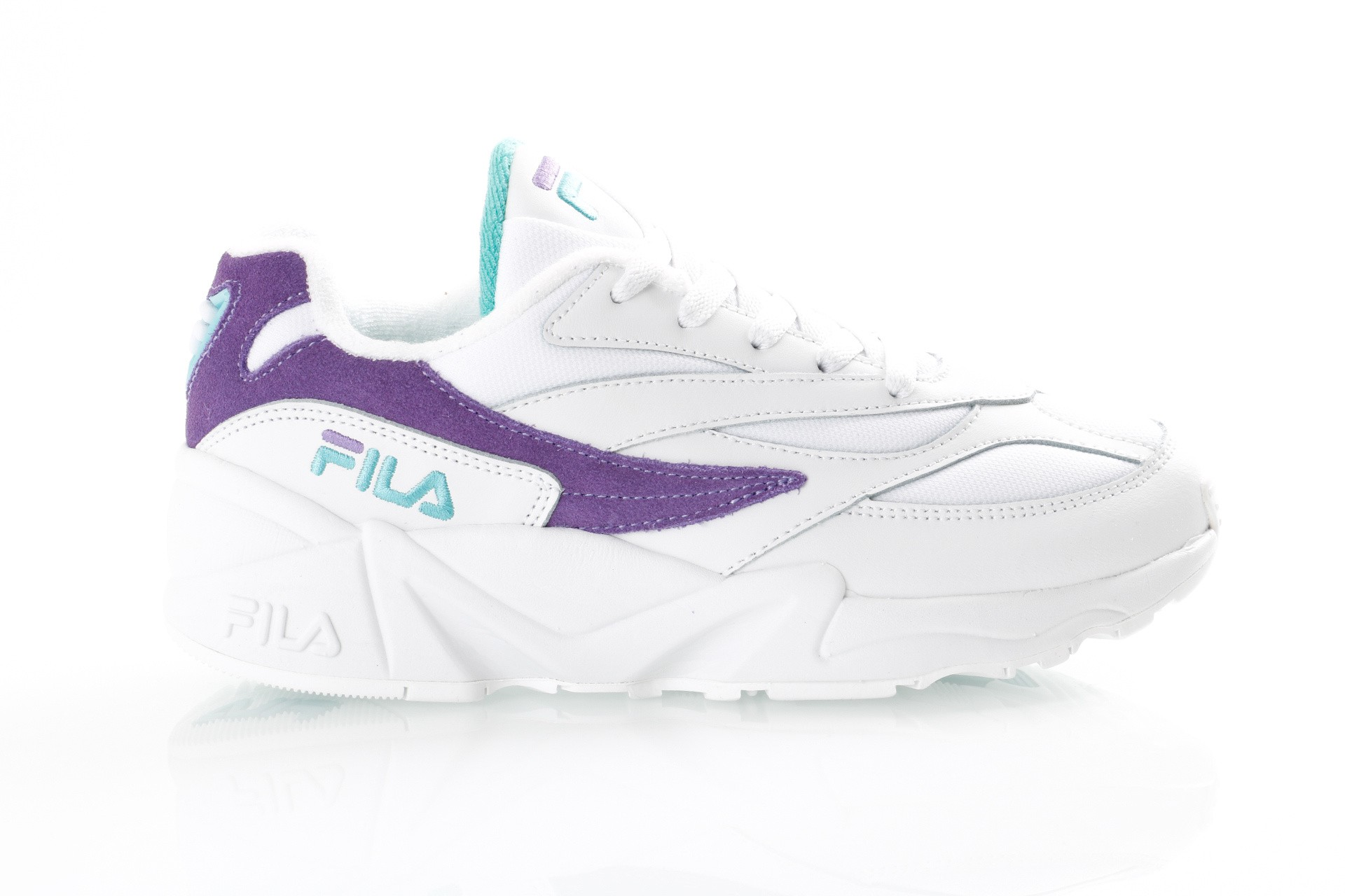 Foto van Fila V94M Low Wmn 1010602 Sneakers White/Violet Tulip / Blue Curacao