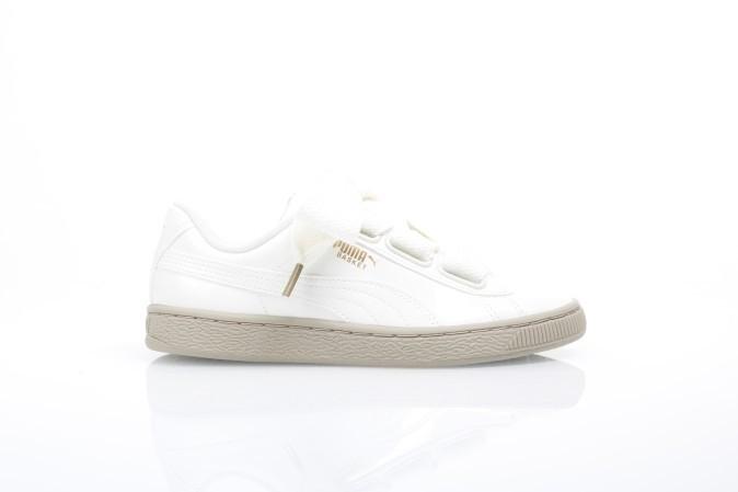 Foto van Puma Ladies 363073-06 Sneakers Basket heart patent Wit