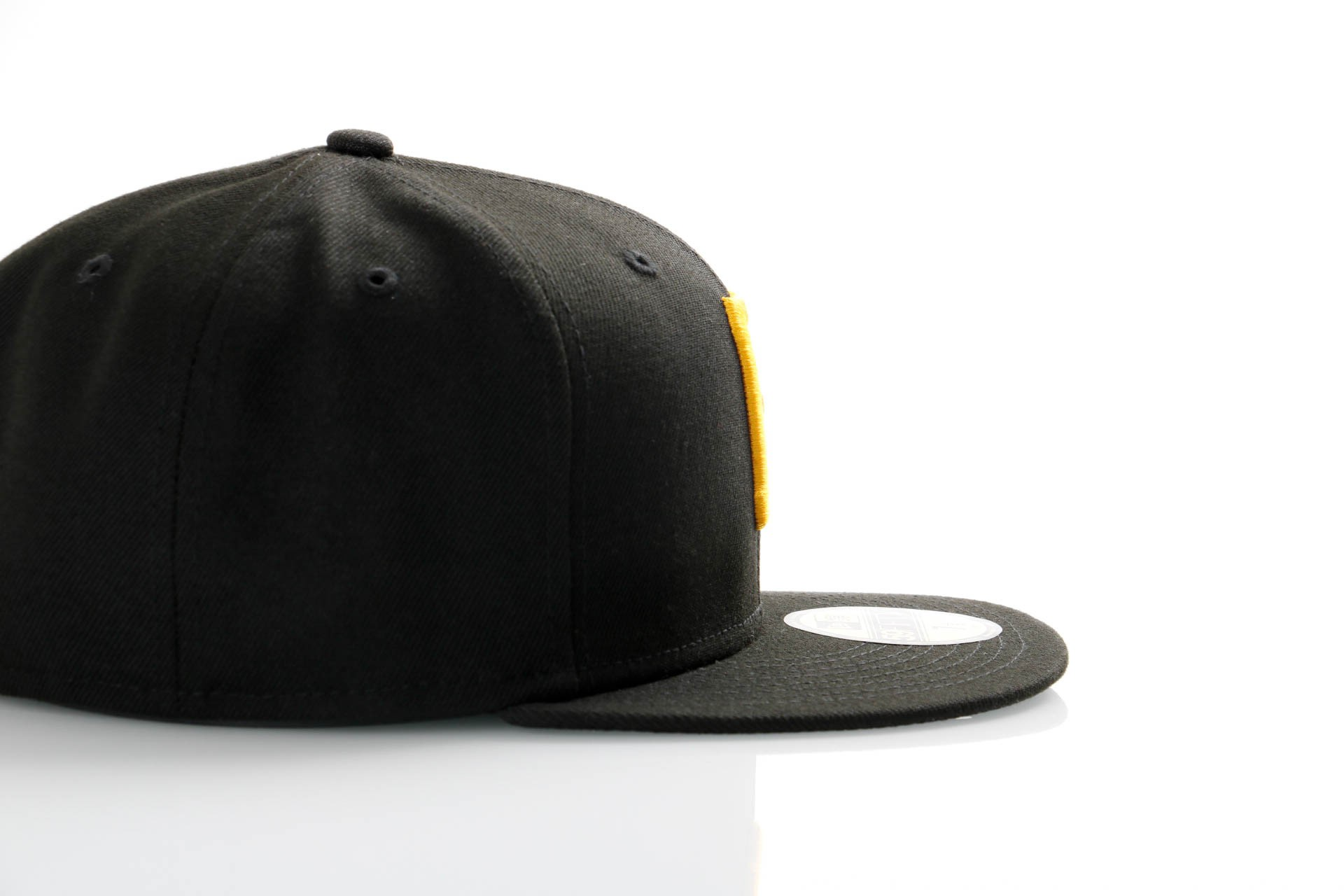 Afbeelding van New Era Ac Perf 59Fifty 70360944 Fitted Cap Offical Team Colour Mlb Pittsburgh Pirates