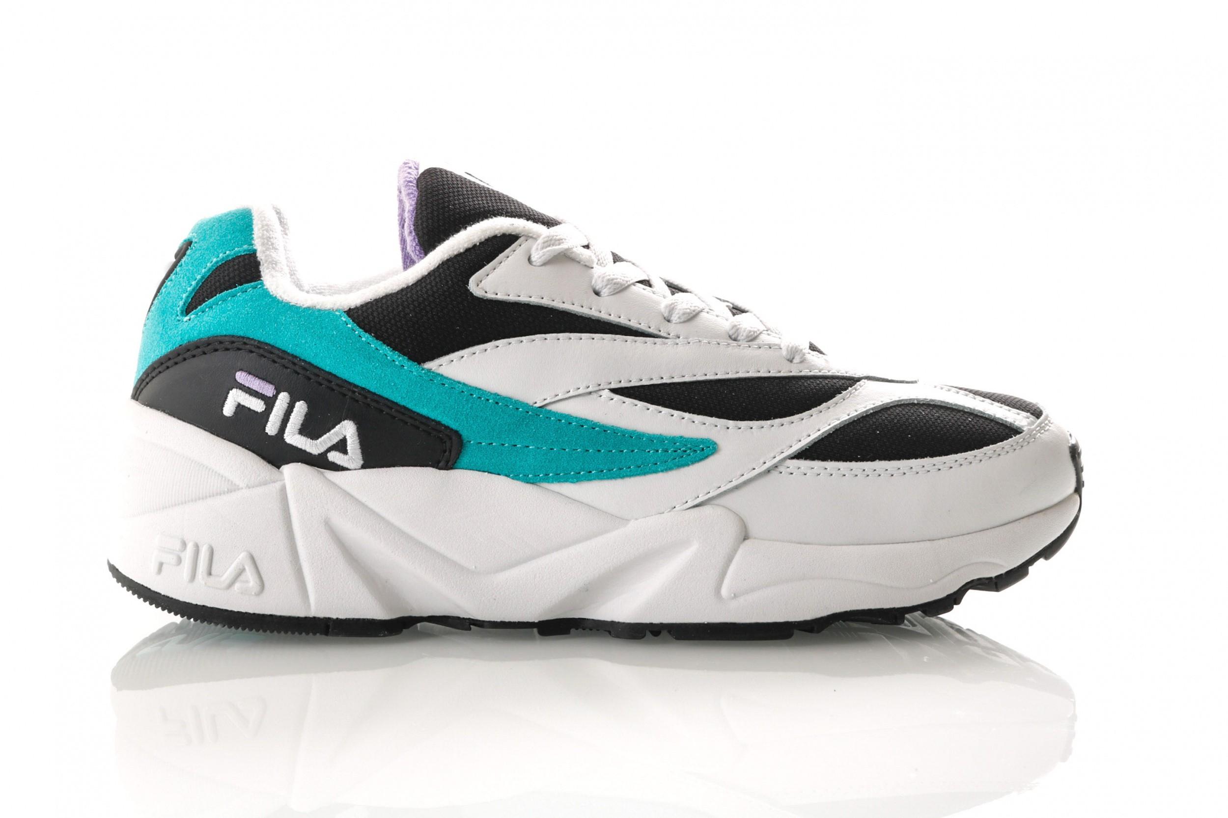 Foto van Fila V94M 1010573 Sneakers Black / Blue Curacao / Violet