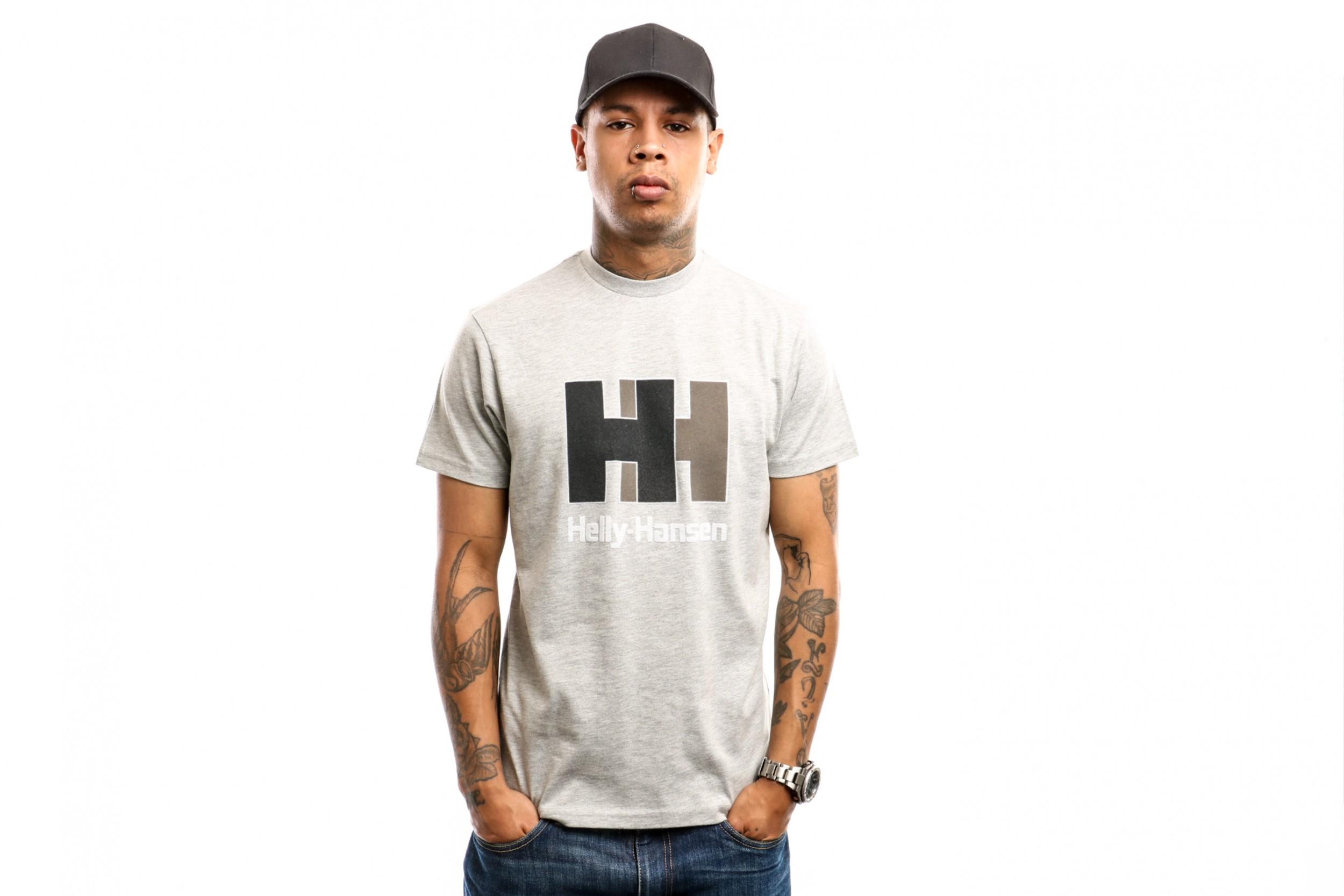 Foto van Helly Hansen 53165-949 T-shirt HH Logo Grijs