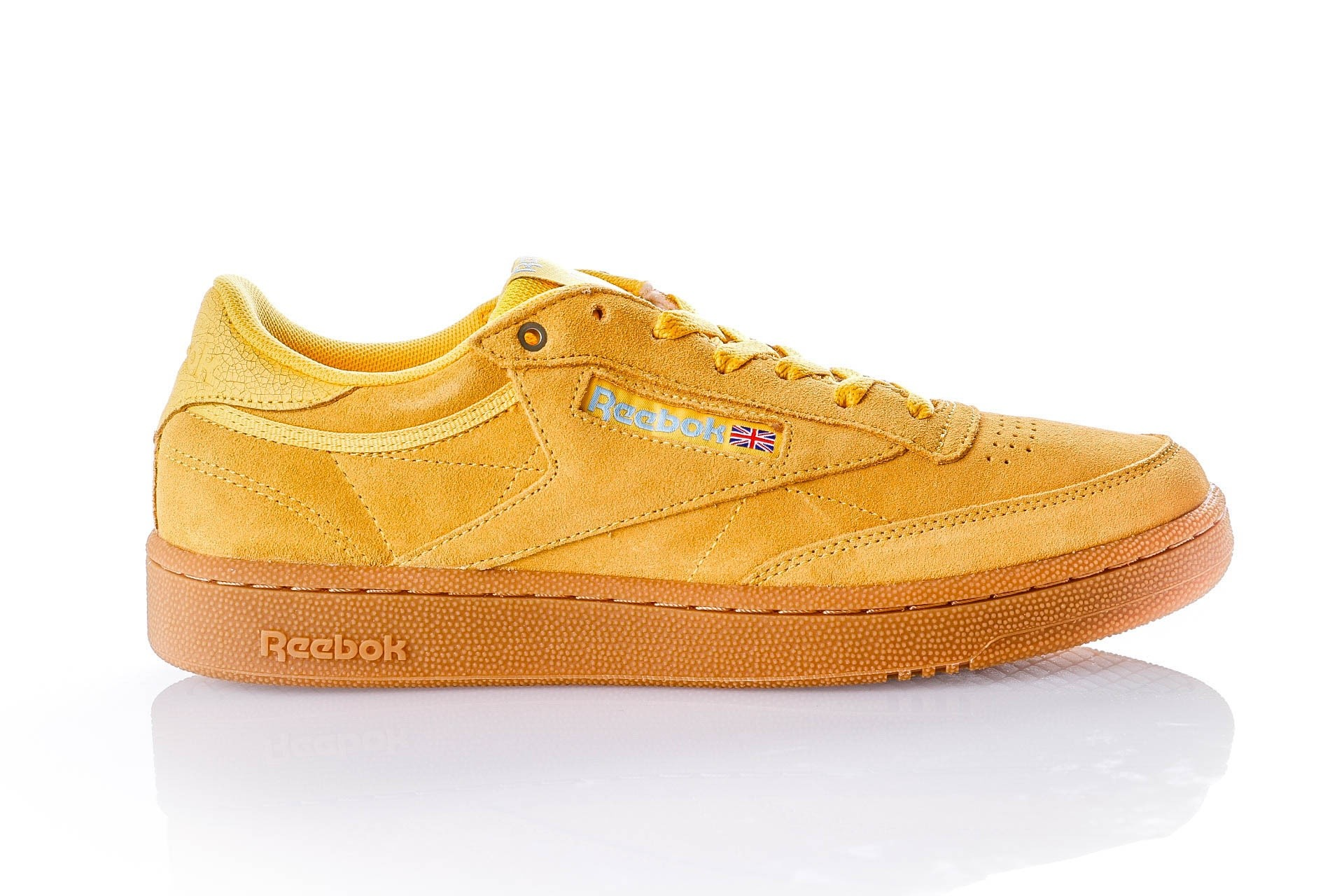 Foto van Reebok CLUB C 85 MU CN3867 Sneakers MC-BANANA/BLUE/GUM