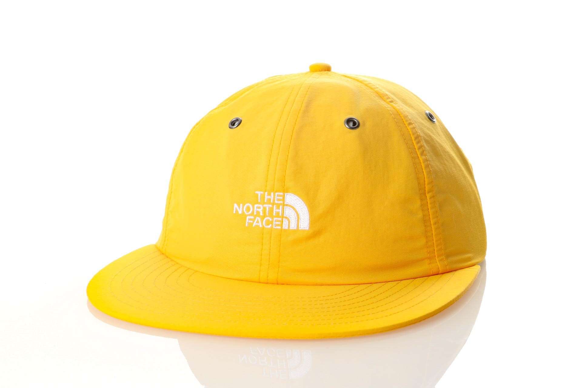 Foto van The North Face T93FFM-1UX Strapback cap Thrwback tech Geel