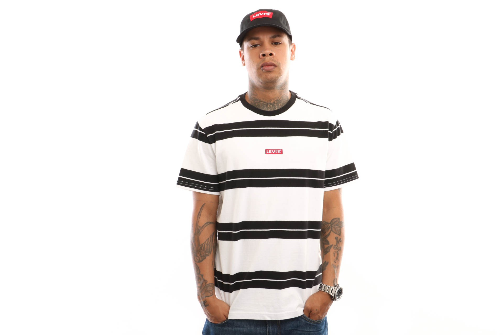 Foto van Levi'S Ss Oversized Baby Tab T 79554-0003 T Shirt Bolt Stripe White/ Black Strip