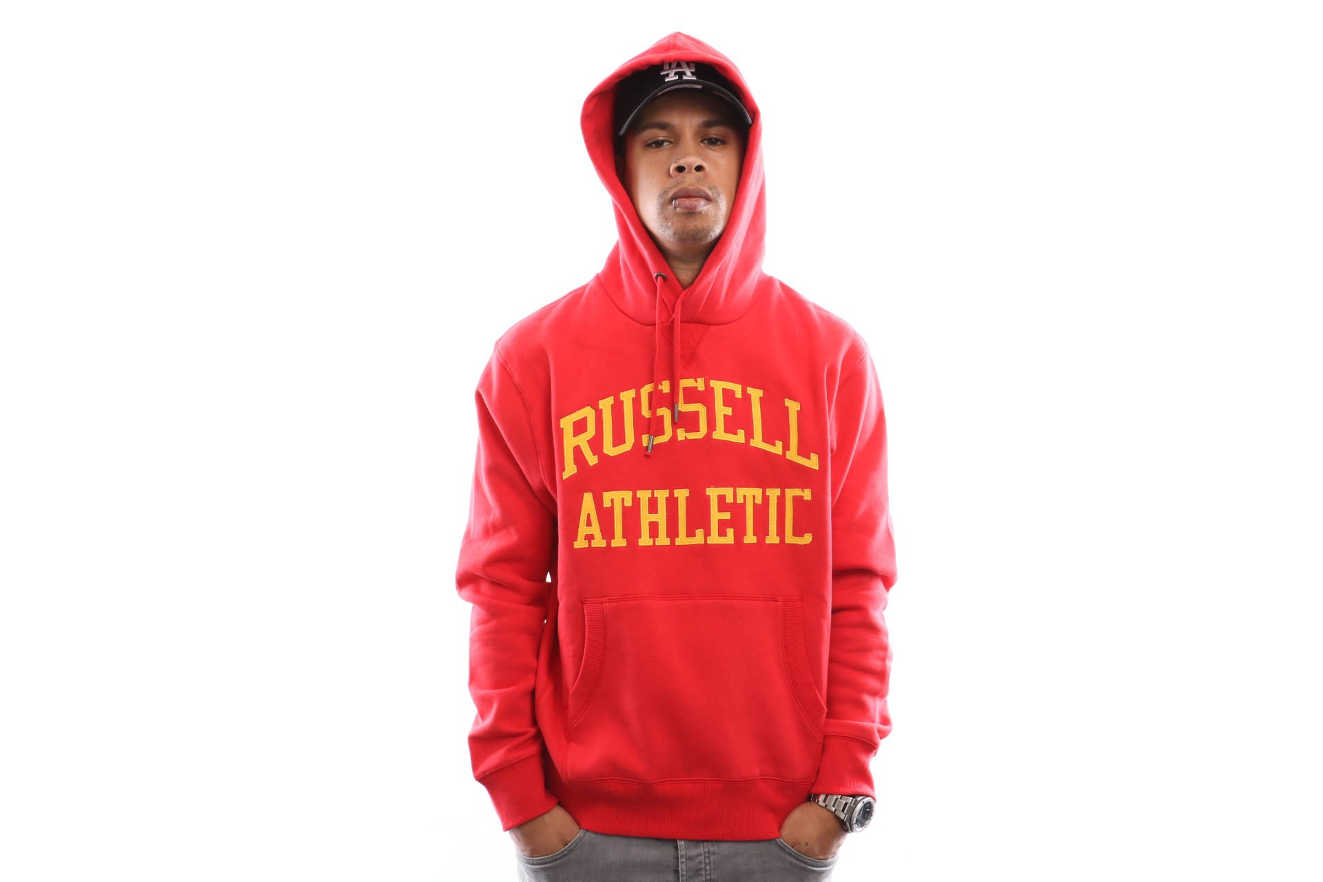 Foto van Russell Athletic Iconic Tackle Twill Pull Over A9-004-1 Hooded Red