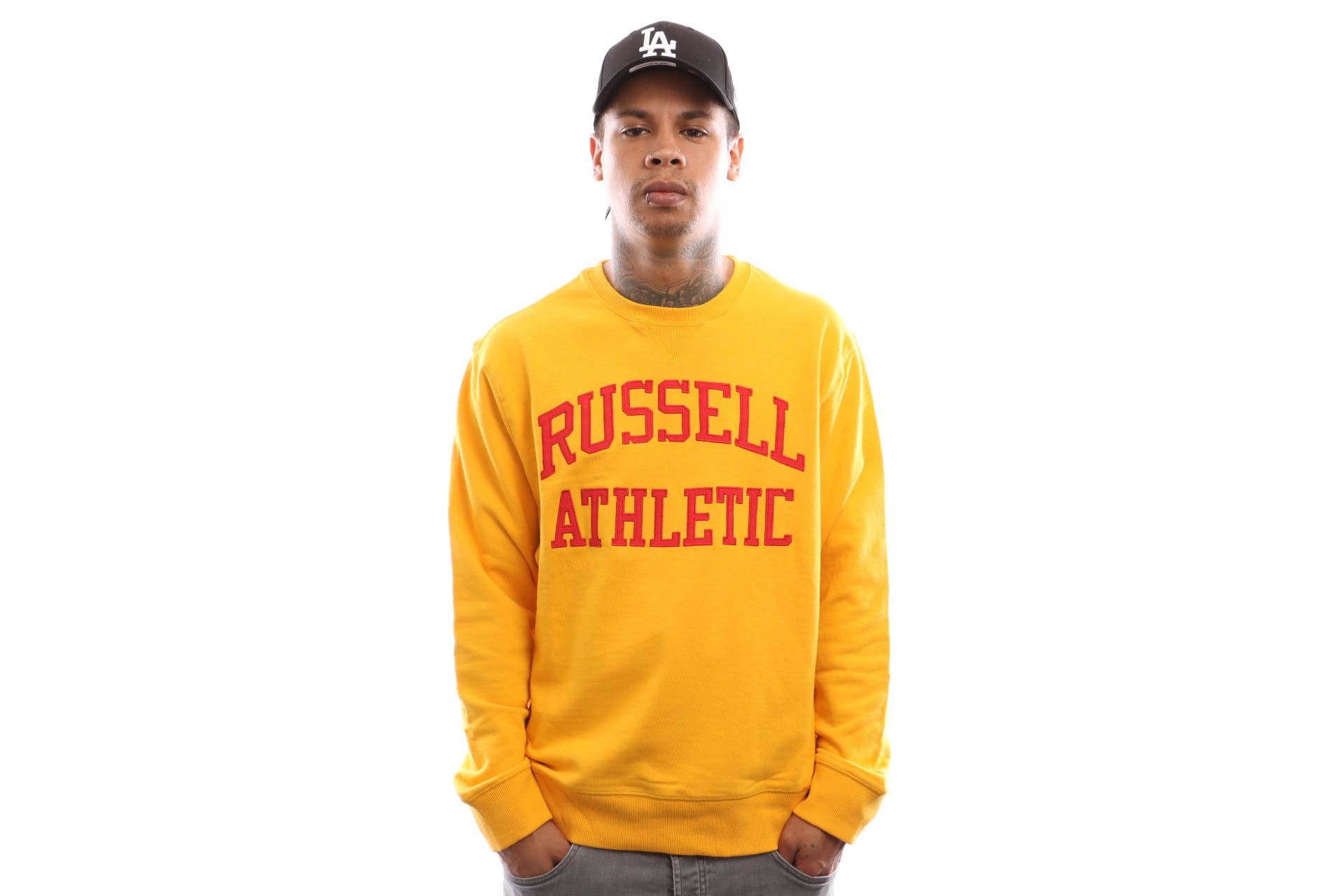 Foto van Russell Athletic Iconic Tackle Twill A9-003-1 Crewneck Gold Fusin